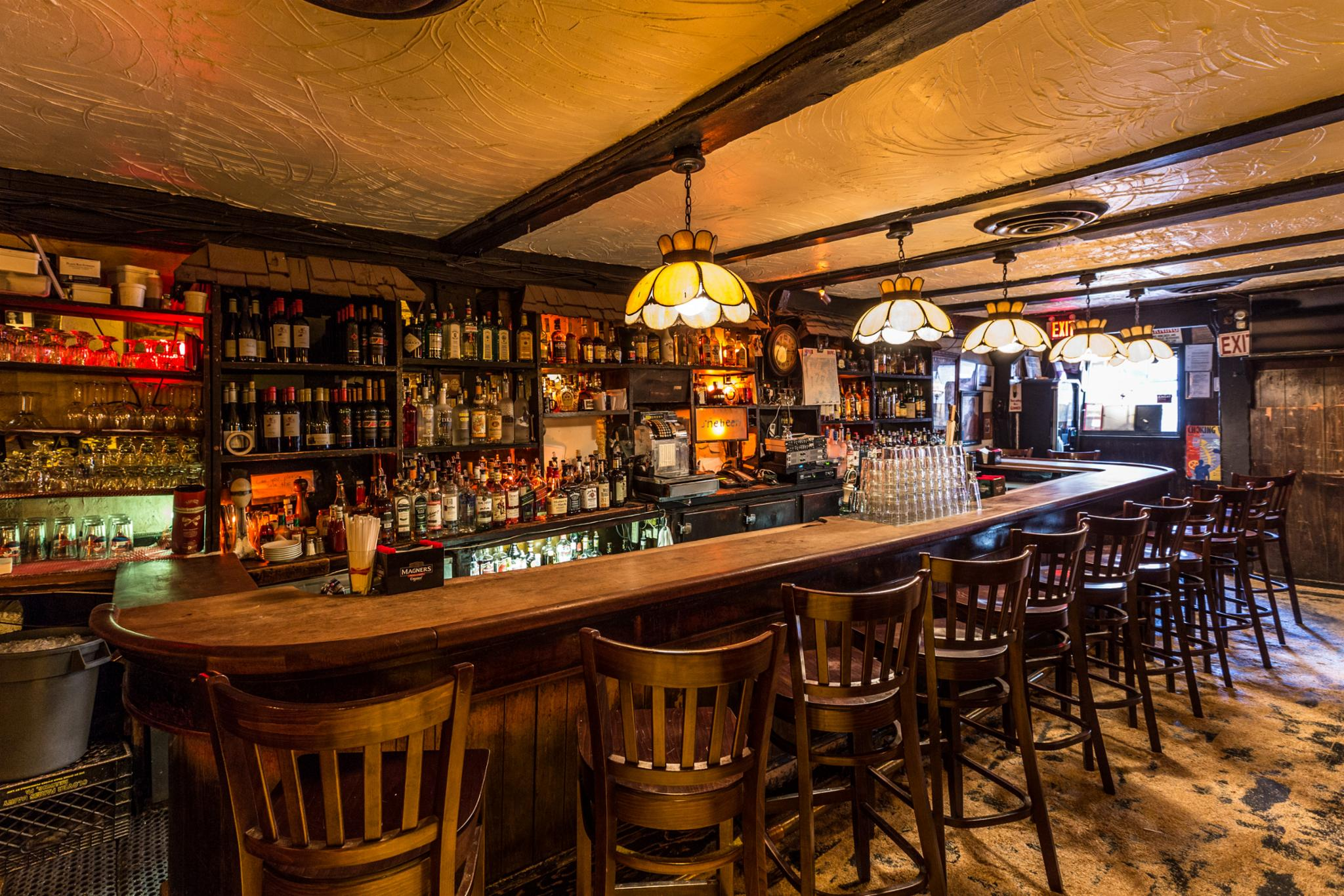 Molly\'s Shebeen Pub and Restaurant,New York Most Authentic Irish Bar ...